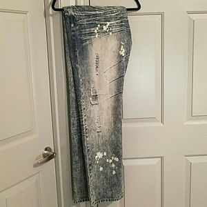 Men's acid washed distressed jeans 40W